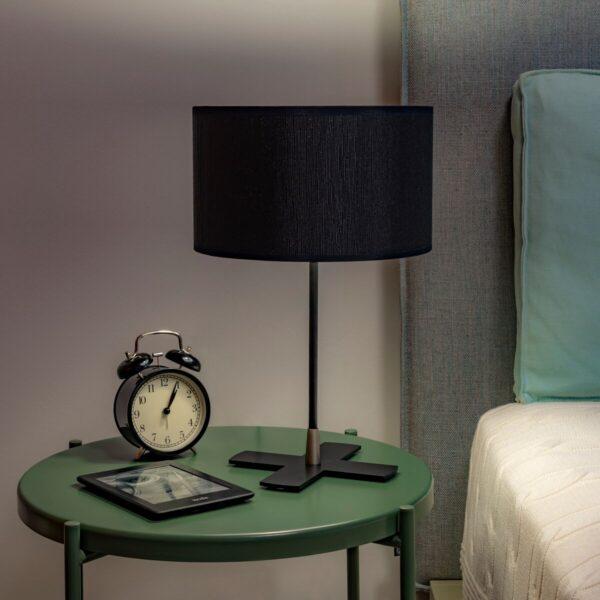 Lampada Da Tavolo Doce Con Paralume In Tessuto By Sotto Luce Amf Mobili Di Design
